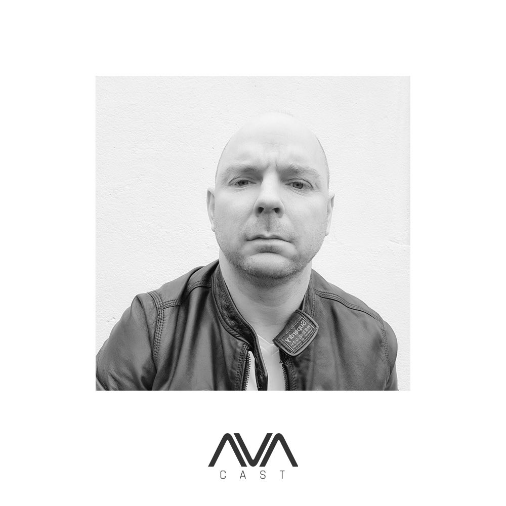 Darren O'Brien's guest mix for our #AVAcast is now up! 📻🎶 @darrenobmusic  🎧 Listen here ⇨ https://t.co/EgX8mqGqkR ⠀⠀⠀⠀⠀⠀⠀⠀⠀ #podcast #trance #trancefamily #avarecordings #avawhite #radio https://t.co/O7C9kzCy36