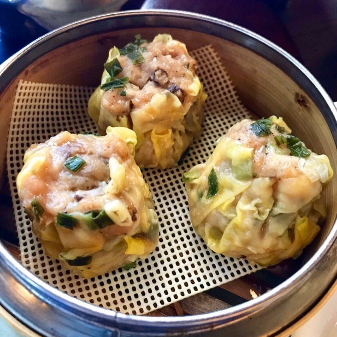 It's #GetSumDimSum o'clock and we're ready to get as stuffed as the @Tenderbelly Pork & Shrimp Shumai.   #enterthechow #farmtotable #chinesefood #atxdimsum #atxbrunches #keepaustineatin #eateratx #opentable #theaustinot #dimsumbrunch #dumplings #dailyfoodfeed #atxbrunchpic.twitter.com/wGPfaYBMzF