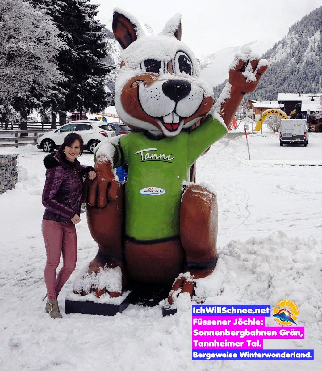 Kennt ihr schon meinen neuen Freund Tanni das Maskottchen vom Tannheimer Tal?   Berichte aus dem Tannheimer Tal zu sehen bei IchWillMehr TV #YouTube  Kisses Lena IWM von IchWillSchnee (LA) @tannheimertal  #tannheimertal #tanni #austria #tirol #ShinyLenapic.twitter.com/5bqaG1NZAT