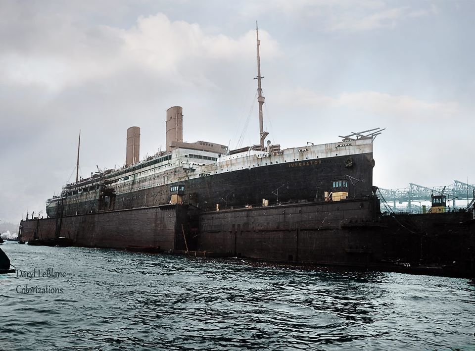 Imperator in build She was completed with three funnels #Imperator 1912 52,117 Hamburg-America Line #Vulcan, #Hamburg #Berengaria 1921 #Cunard Line Scrapped at #Jarrow and #Rosyth 1938 Image copyright: Daryl LeBlanc color #shipsinpics