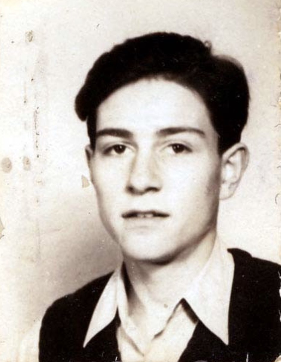 2 February 1925 | German Jew Esra Jurovics was born in Berlin. He arrived at #Auschwitz in a transport of Jews deported from the occupied Netherlands (camp no. unknown). He perished in the camp on 29 January 1943 at the age of 17. (photo: @yadvashem)