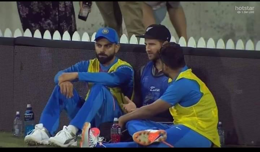 Two kind hearted person in a single pic  My two favourite and Most loyal captain  @imVkohli and #KaneWilliamson   #INDvsNZt20 #NZvIND #IndiaVSNewZEaland <br>http://pic.twitter.com/gEGHA5X3iI