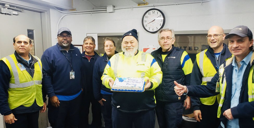 🏈🦺🎉Super Bowl Sunday retirement celebration in the CLE. Mornings in the BMU won't be the same without you, Barry Kuenzer - Congrats on your retirement!! 👏🙌@Auggiie69 @LouFarinaccio @Kristin0976 @weareunited #Winningthelines