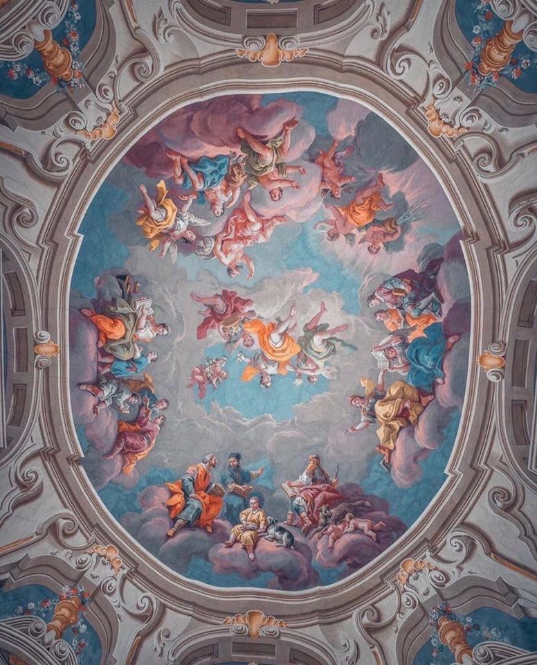 Admont Abbey Library, Austria  #austria #austrianblogger #austrian #austriatoday #austriagram #austriawine #austria_memories #austrianphotographer #love #art #austriavacations #austrianalps #austrianmoment #austriatrip #austrianartist #austrianfood #SuperBowl #austrianairlines RTpic.twitter.com/a7HjMc3Ji8