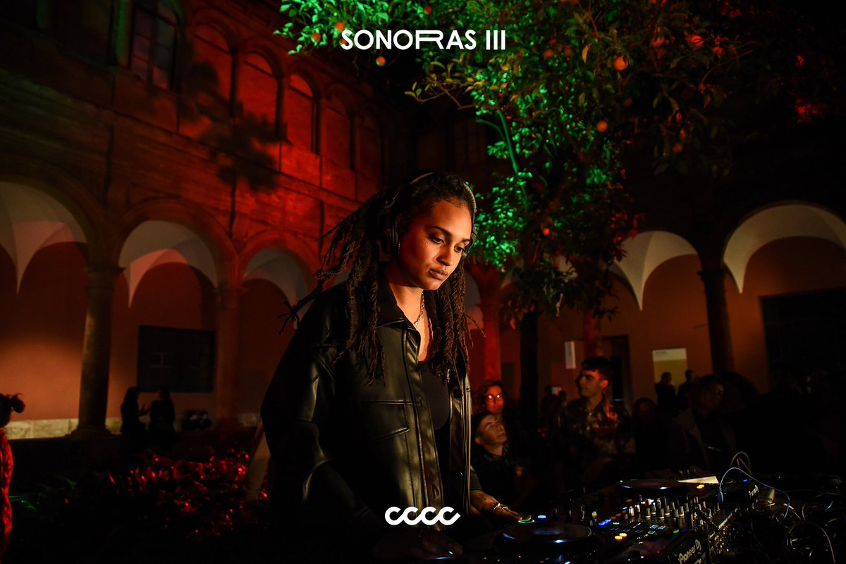 SONORAS III Mbodj  @centredelcarme   #sonoras #sonoras_III #CCCC #valencia #contemporaryart #music #experimentation #art #musicart #artshow #valenciacity #barriodelcarmen #FesCultura #AgitacióCultural #CulturaAccessible