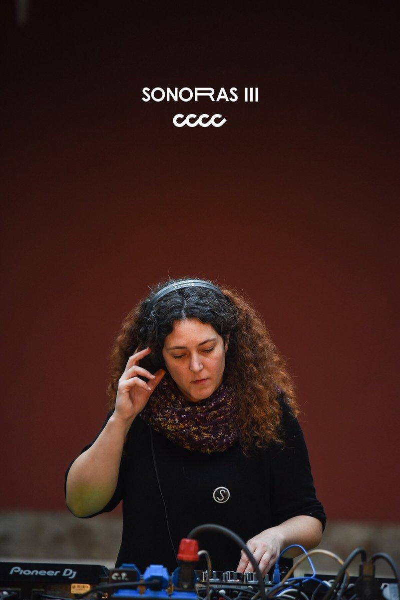 SONORAS III Catalina Isis @centredelcarme   #sonoras #sonoras_III #CCCC #valencia #contemporaryart #music #experimentation #art #musicart #artshow #valenciacity #barriodelcarmen #FesCultura #AgitacióCultural #CulturaAccessible