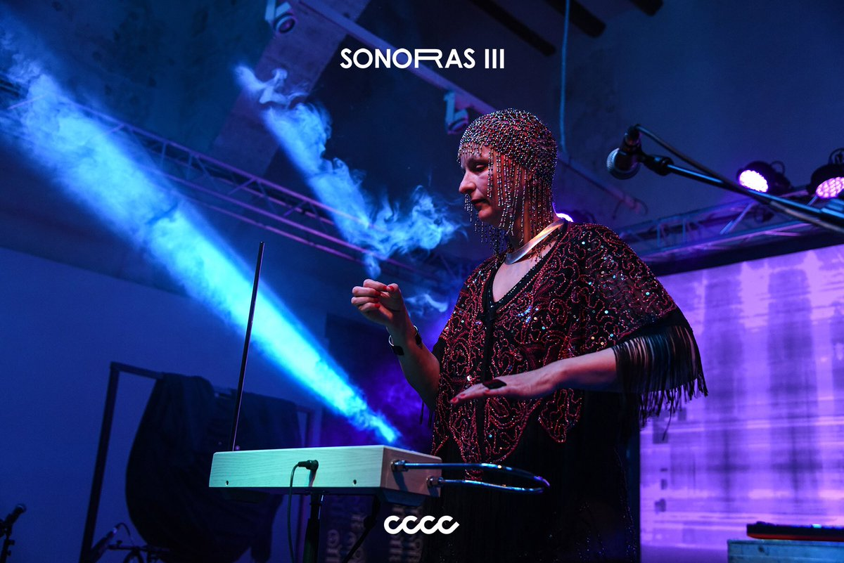 SONORAS III Donna Maya @centredelcarme   #sonoras #sonoras_III #CCCC #valencia #contemporaryart #music #experimentation #art #musicart #artshow #valenciacity #barriodelcarmen #FesCultura #AgitacióCultural #CulturaAccessible