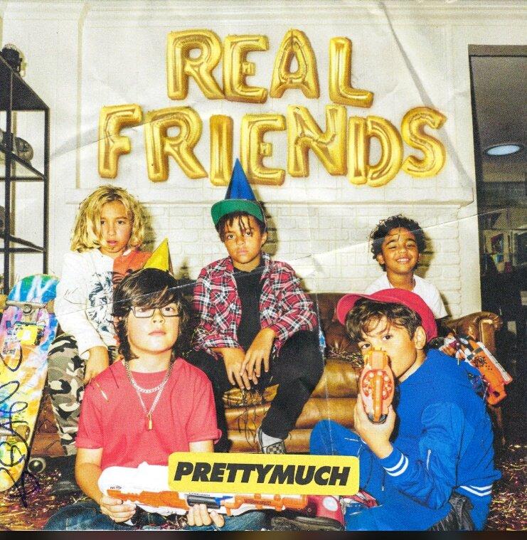 e eu que sou apaixonada por Real Friends e por essa capa maravilhosa #prettymuch #prettymerch