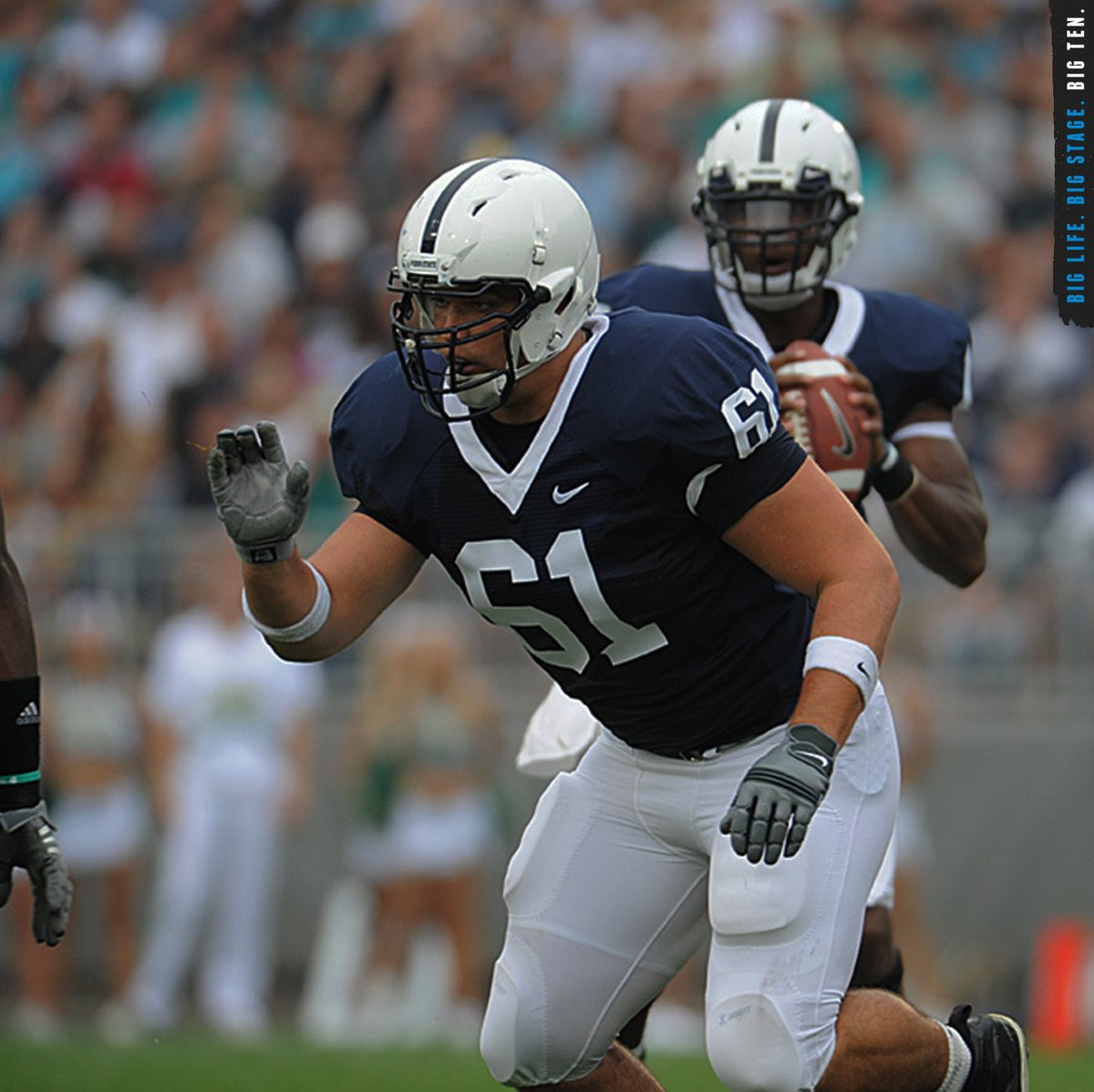 .@Chiefs guard Stefen Wisniewski was the first-ever @PennStateFball student to earn three @espn Academic All-America honors.    #B1GFootball x #SuperBowlLIV https://t.co/8VbQe4VFx6
