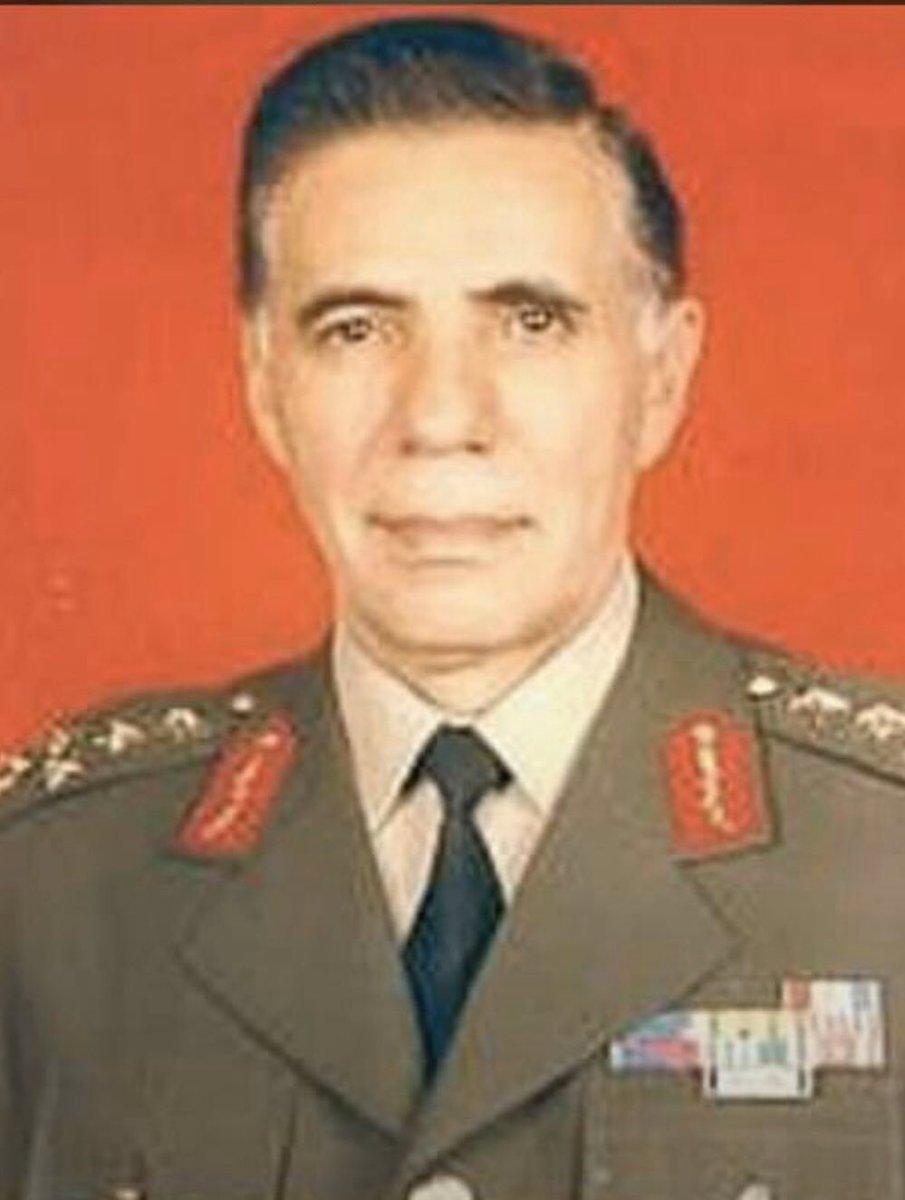 17 Şubat 1993 - 17 Şubat 2020 Şehadetinin 27. Yılında Eski Jandarma Genel Komutanı Org.Eşref Bitlis'i Saygı,Sevgi Ve Rahmetle  Anıyorum. Ruhun Şadolsun Komutanım. pic.twitter.com/mqAx1sxdA1