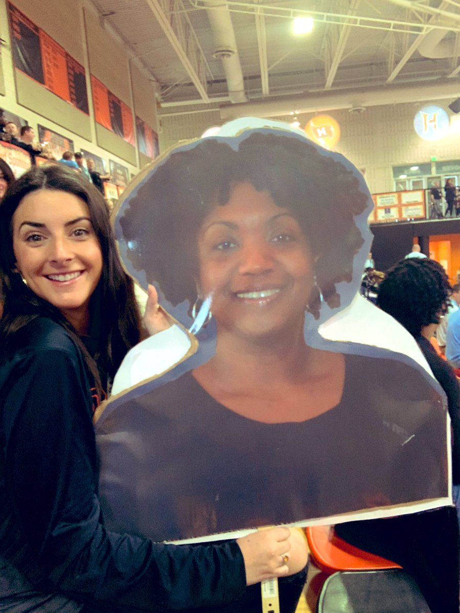 @EansHannah having fun dancing with @donnawsmiley this morning! 🧡🖤#hcslti