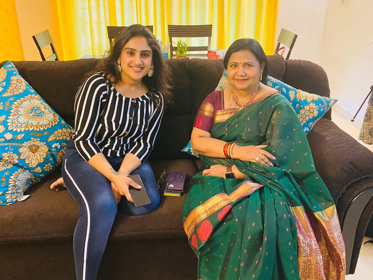 With the #Evergreen star Kutty padmini akka...#onthecouchwithkp ...an open talk personal interview with akka herself..coming soon on #kpchannel..#YouTube