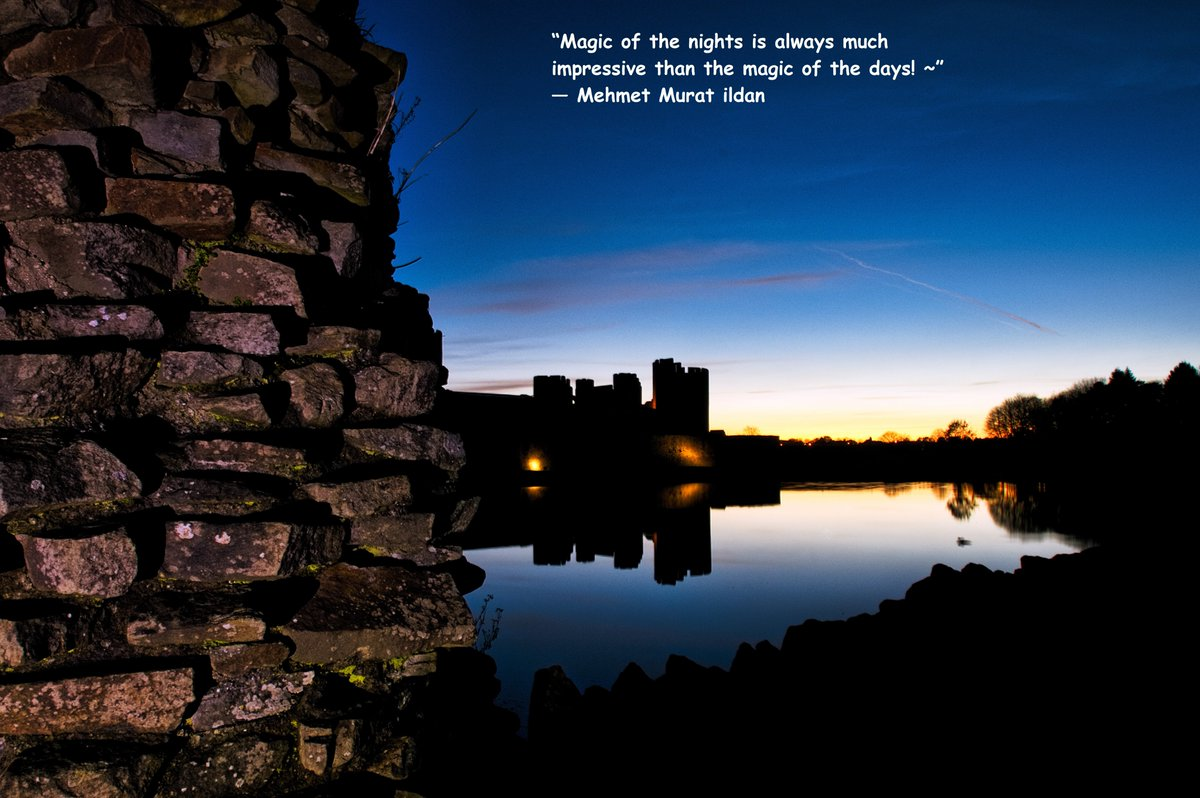 Words and Pictures #quote #quoteoftheday #nightphotography #caerphillycastle, see more at http://www.delweddauimages.co.uk/444440410?i=167277319 … pic.twitter.com/Xzs8ymTONT