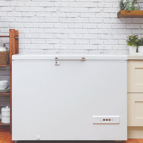 test Twitter Media - The Hotpoint range of chest freezers extend storage possibilities, allowing you to store a multitude of food, and to freeze your leftovers, reducing the amount of food commonly wasted by households. Read the full story on our blog, available here: https://t.co/b6GHkdJykj https://t.co/BDllRptbMK