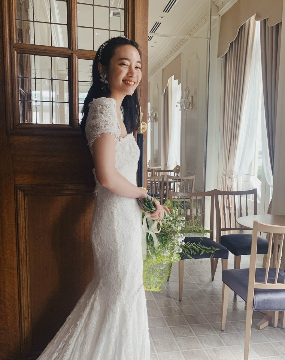 test ツイッターメディア - 本日のウエディング撮影👰🏻  何回もどんなスタイルのドレスを着てもやっぱりテンションが上がるのはウエディングドレスの魔法です。世の花嫁達は何着も着て悩んで悩んで、、、そんな特別な日の少しでも参考になれたらいいなといつもゼクシィ発売される時思います☺️ https://t.co/tiDnAik2il