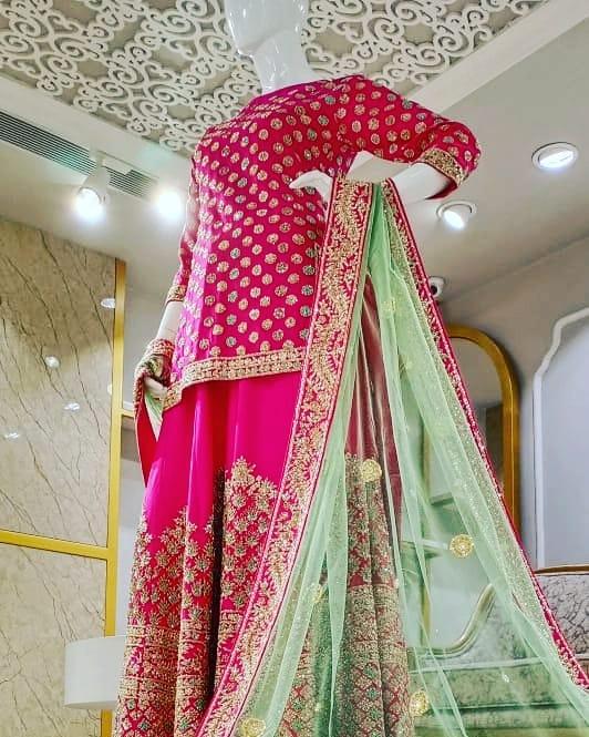 Stunning & Elegant #Sharara, #Gharara Designs & Styles in Various #Colours & #Patterns... ------ Visit Our Store at #SouthExtension  Whatsapp Link: https://wa.me/911143071777 . . #DersignerBridalDresses #FashionDesigner #WeddingDressesatAnhad #designerdresses #DelhiShoppingpic.twitter.com/1cQaZPk8PW