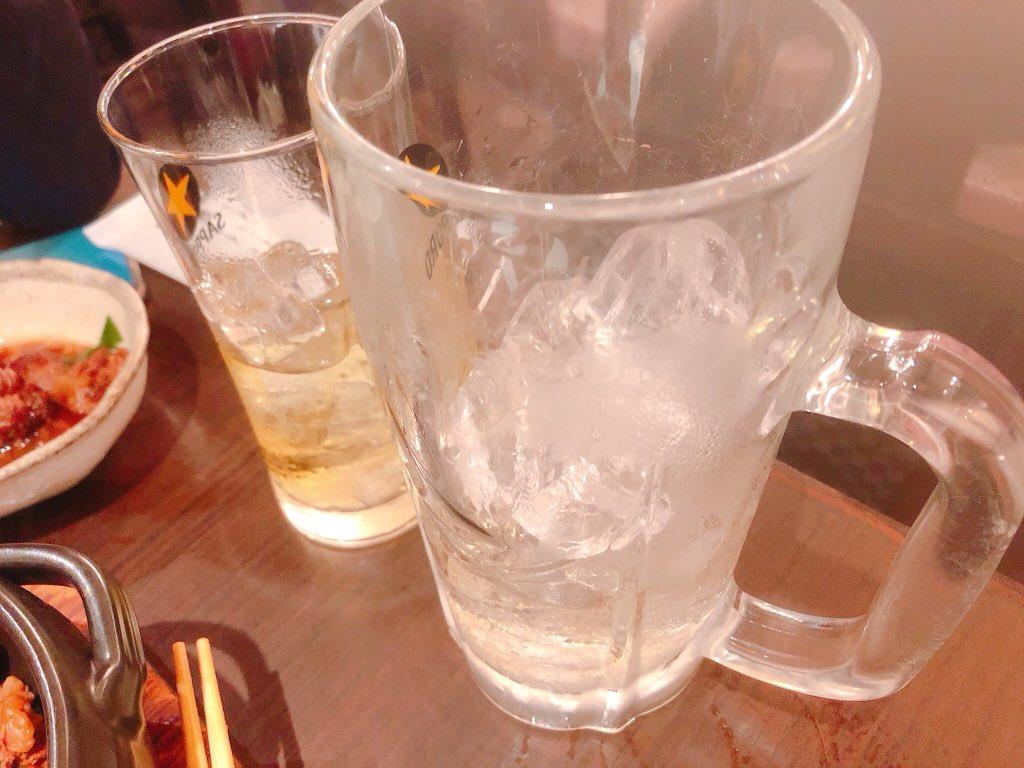 酒飲みのワイ、圧倒的酒量でデート相手をびびらす(白目)