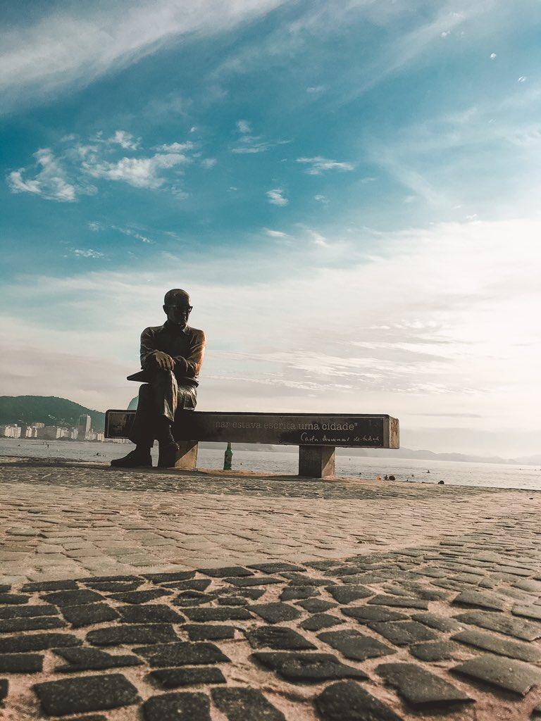 Mais um bom dia com o Drummond #bomdia #RiodeJaneiro #verão #temporj #climarj #VerãoCOR2020 @OperacoesRio @recordtv_riopic.twitter.com/LlJhK2dN5A