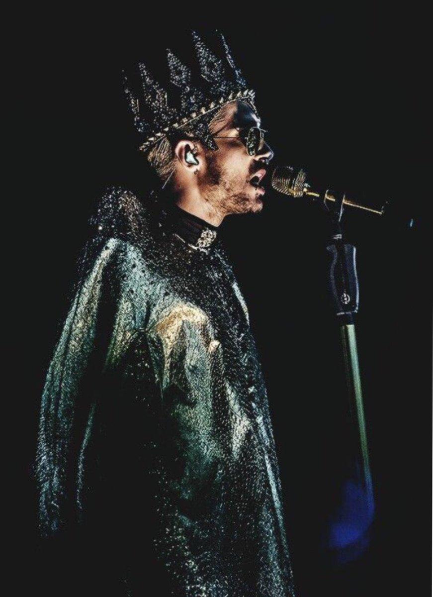 Konzertfoto von der Feel it all Tour!  Concertpic from The Feel it all Tour! #billkaulitz #konzertfoto #concertpic #feelitall #worldtour #tokiohotel #liveonstagepic.twitter.com/mxnqSB8er6