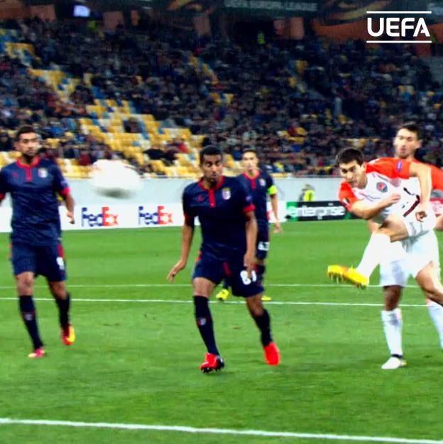 Shakhtar 🆚 Benfica  Who ya got? 🧐  #UEL
