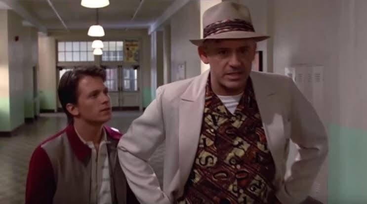 Essa dupla =   Vídeo imagina Tom Holland e Robert Downey Jr. em #DeVoltaParaOFuturo, confira: https://bit.ly/2wolYqnpic.twitter.com/oMXlaVxnGC