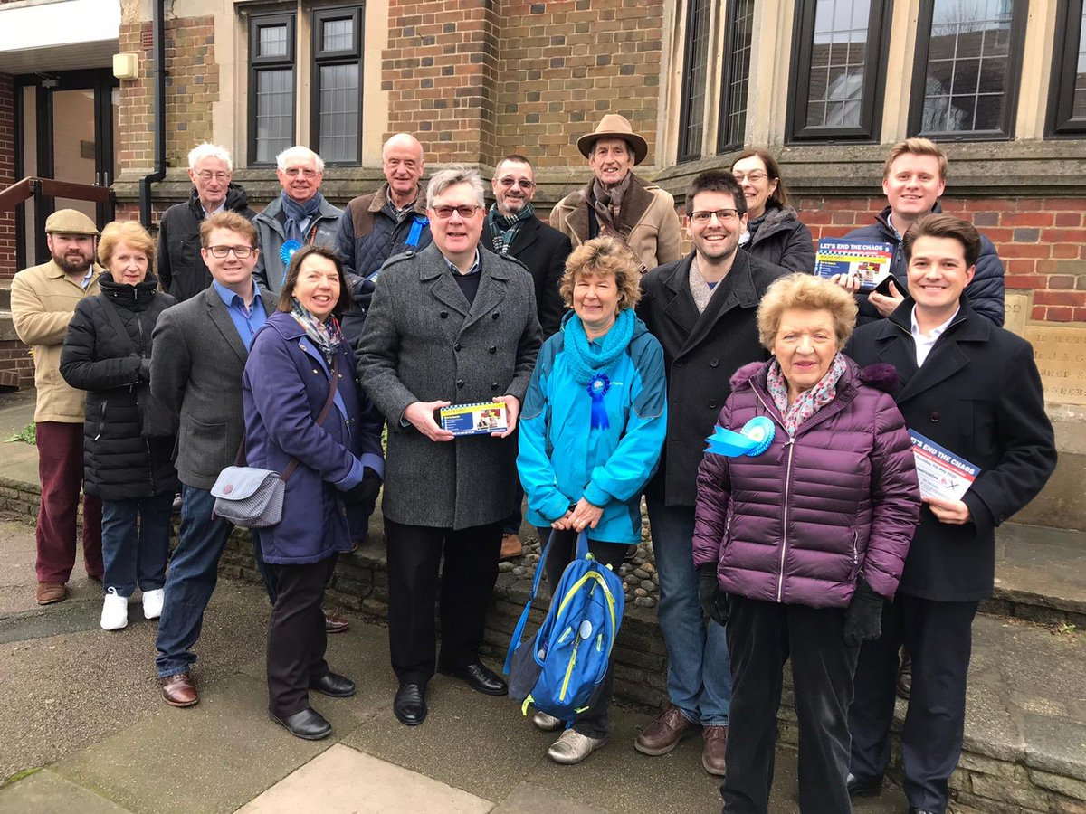 The Police, Fire and Crime Commissioner, @Hirst4EssexPFCC, was out in #Blenheim Ward, #Southend, this morning supporting Cllr. Helen Boyd and telling residents of the work that he and the @Conservatives are doing to make Essex Police the biggest and strongest it's ever been. 👍🏻