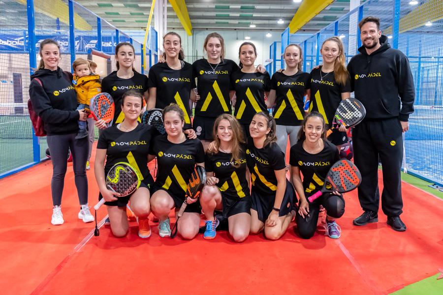 El equipo femenino de Sompadel.