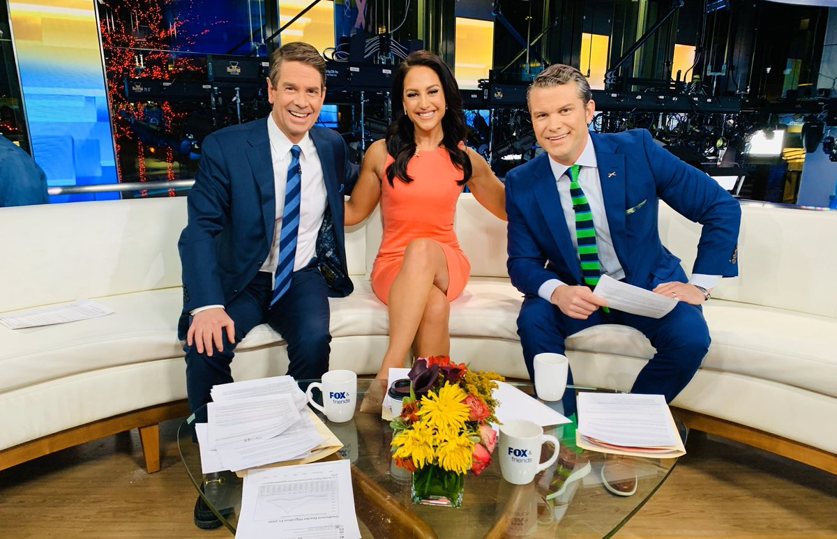 Happy Saturday!💖Join us 6-10am for a wonderful #FoxAndFriends morning ahead!🌼