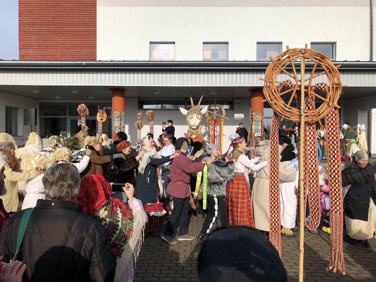 21.starptautiskais masku tradīciju festivāls @Livanunovads iet vaļā! #maskošanās #gadskārtas #Meteņi #latviskais #pavasaris #folklora #tradīcijas #spring #Latvija #Baltija #mummers #mumming #folklore #Līvāni #Latvia #Baltics #🇱🇻