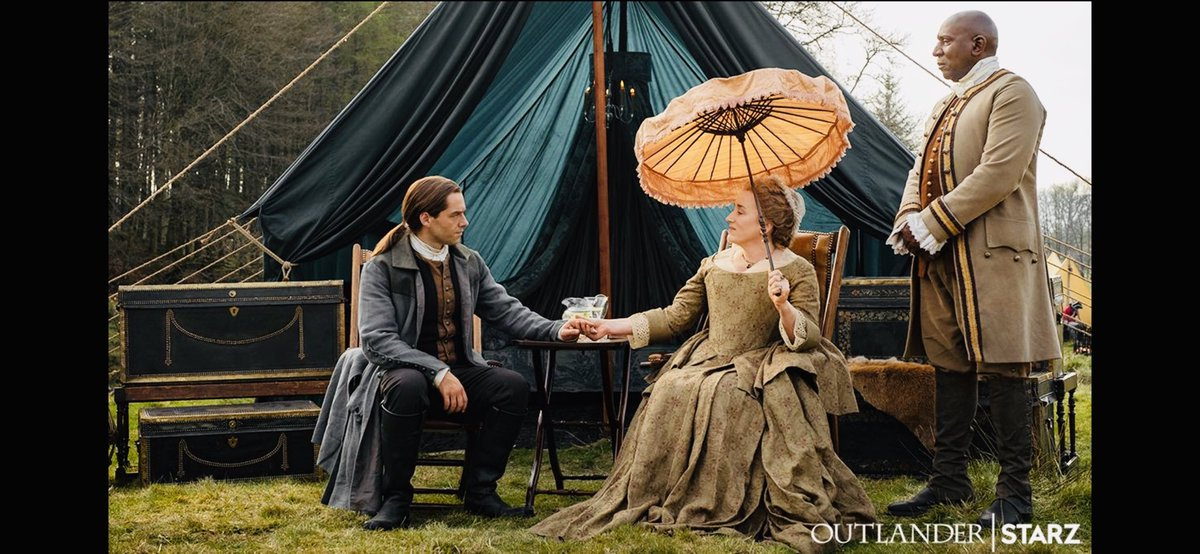 What is Aunt Jocasta saying to Roger & what on earth does Ulysses think about it all?... Head to @STARZ App to find out!:  http:// starz.tv/WatchOutlander 501   … | Or head to ⁦@Amazon⁩ in the UK Feb 17th⁦⁦⁦ #TheFieryCross ⁦@Outlander_STARZ⁩ #OutlanderSeason5Premiere  <br>http://pic.twitter.com/GLfBktx5WW