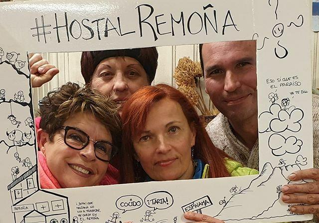 . Muchas gracias por venir al #HostalRemoña y dejar vuestro recuerdo en nuestro #Photocall. .   ____________________________  #instarisas #photocallpersonalizado #turismointerno #risas #turismo  #mejoresamigos #risasaseguradas #photocalls #risasmil … http://bit.ly/2OXGfcLpic.twitter.com/AQrxiYYXMR