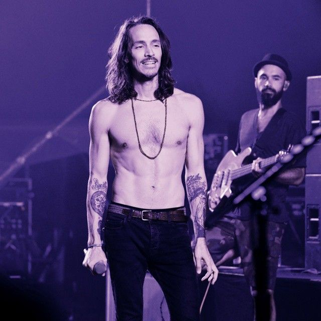 Happy birthday to my favorite vocalist of all time, Brandon Boyd!