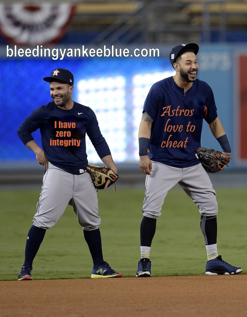 #Astros' #CarlosCorrea #Jose Altuve your both scumbag cheats pic.twitter.com/yOYrJY80Vw
