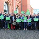 Image for the Tweet beginning: Solidarische Grüße gehen an alle,