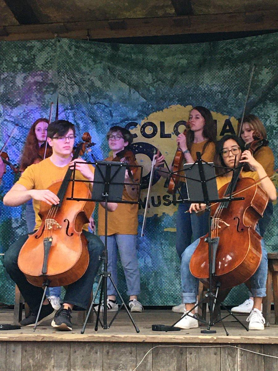 Vivace performing at Colonial Oak Music Park in St. Augustine, FL.  #SuzukiSchools #Vivace #VivaceFlorida2020 #ColonialOakMusicPark #VivaceOnTour #OnTheRoad #Classical #Music #ShareTheJoy #StAugustineFL #WestportLocalpic.twitter.com/UZjpJZ21gf