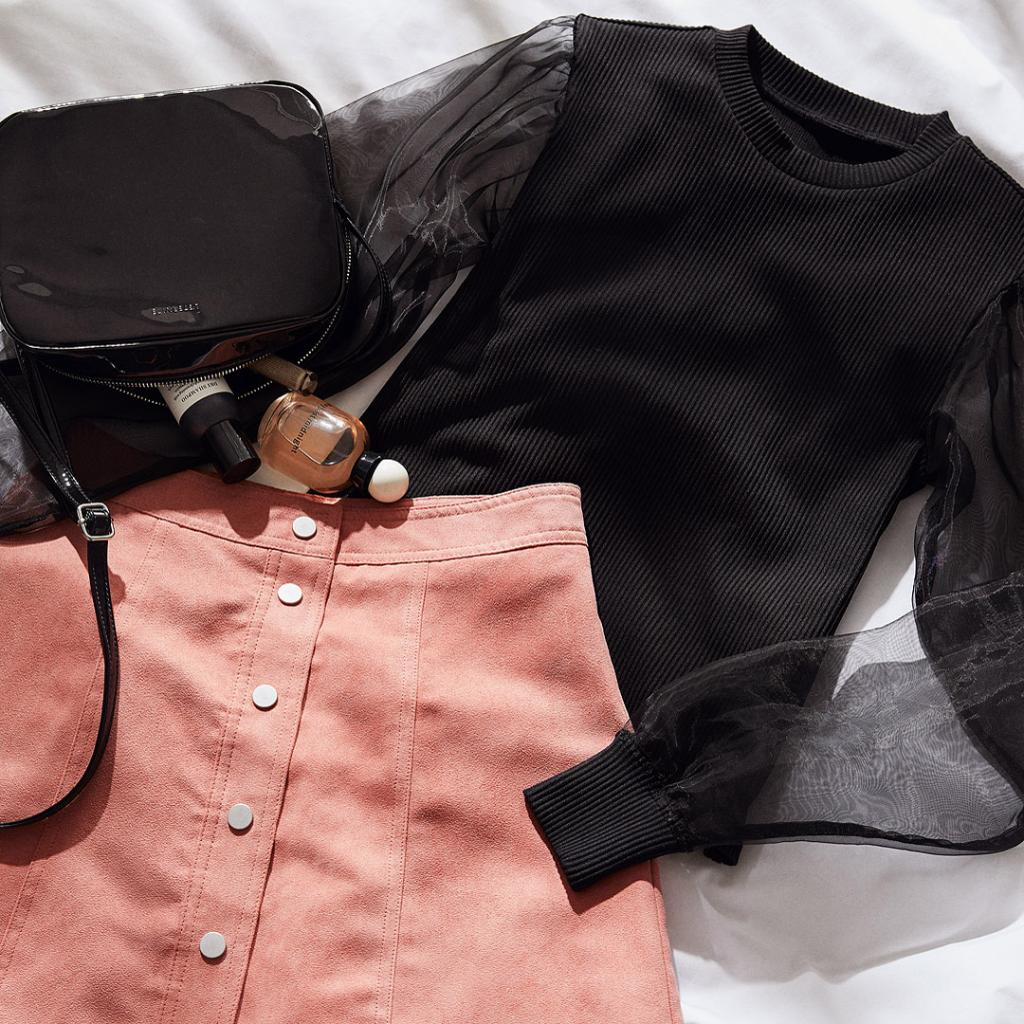 Combine sweet pink with luxe details for a cute sp...