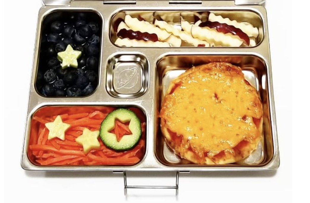 2 days left to enter the #Pizza Lunchbox Challenge. Will you find inspiration in this 🍕Pizza lunchbox idea from @Lunches_ by_Lindsay?     #teuko #lunchbox #lunch #lunchtime #lunchbreak #teukocontest #fun #foodie #challenge