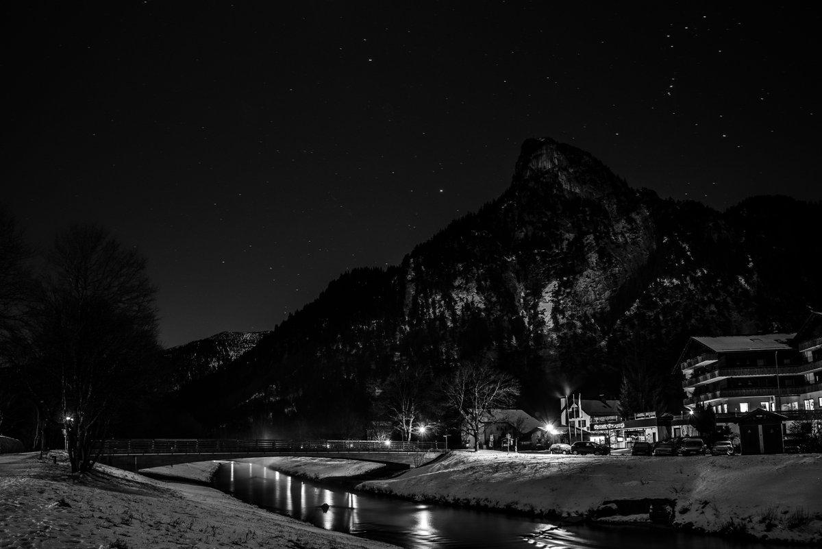 Sterne über Oberammergau | Bavaria #bayern #bavaria #wanderlust #visitbavaria #ammergaueralpen #bavarianalps #beautifulbavaria #alpen #deutschland #mountainstories #feelthealps #unlimitedalps #artstagram #oberbayern #ammergau #exploretocreate #nikon #d750 #longexposure #starspic.twitter.com/ziFNGs7IT2