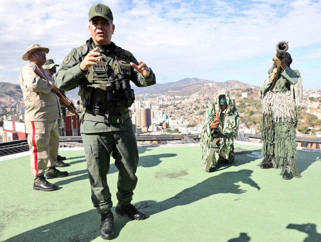 Tag almomento en El Foro Militar de Venezuela  EQ1ZMp8X0AE_k5C?format=jpg&name=medium