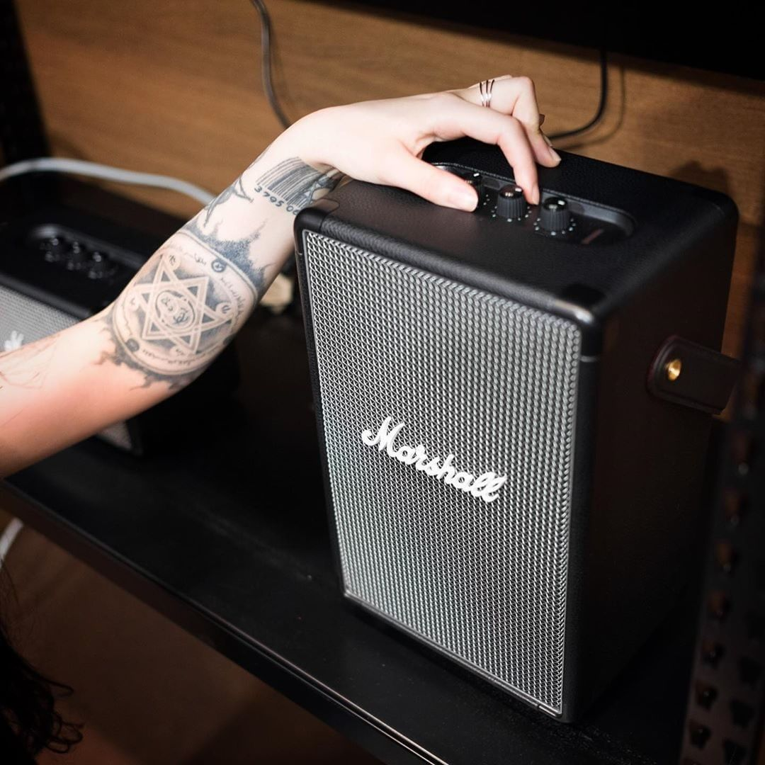 Take the music wherever you go 🤘  Find out more at http://marshallheadphones.com  Photo: navys_inc #liveformusic