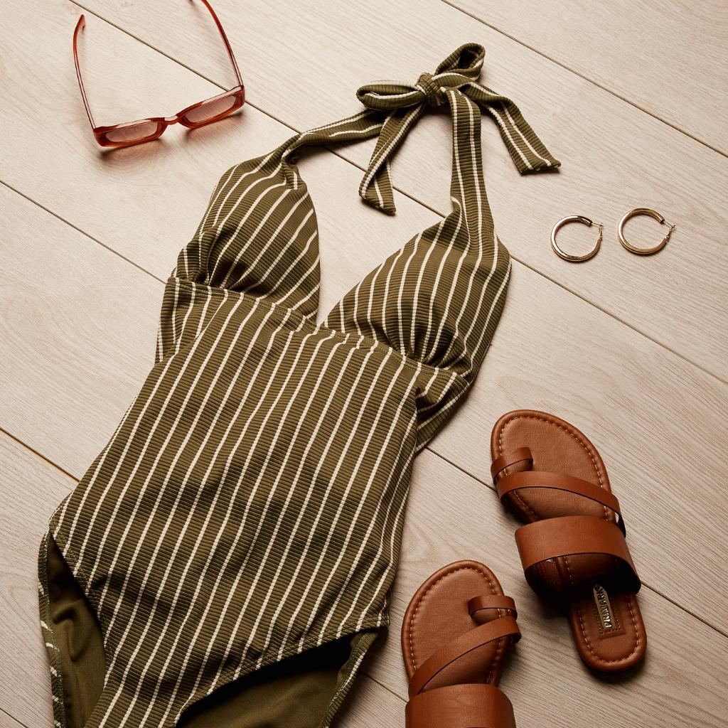 Flattering swimsuits for every shape 🌴 Swimsuit £8/€11/$12 #Primark #swimwear