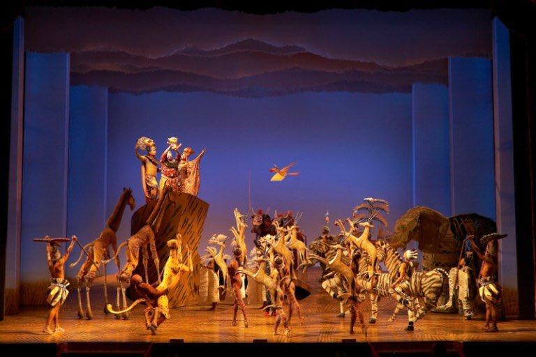 """Check out this roaring review of the #LionKing stage musical.  """"It exceeds expectations,"""" writes author Ana Martinez-Ortiz.  For more details, see here:  https:// milwaukeecourieronline.com/index.php/2020 /02/15/the-lion-king-musical-is-it-worth-the-hype/  … <br>http://pic.twitter.com/iL9ImhEQP8"""