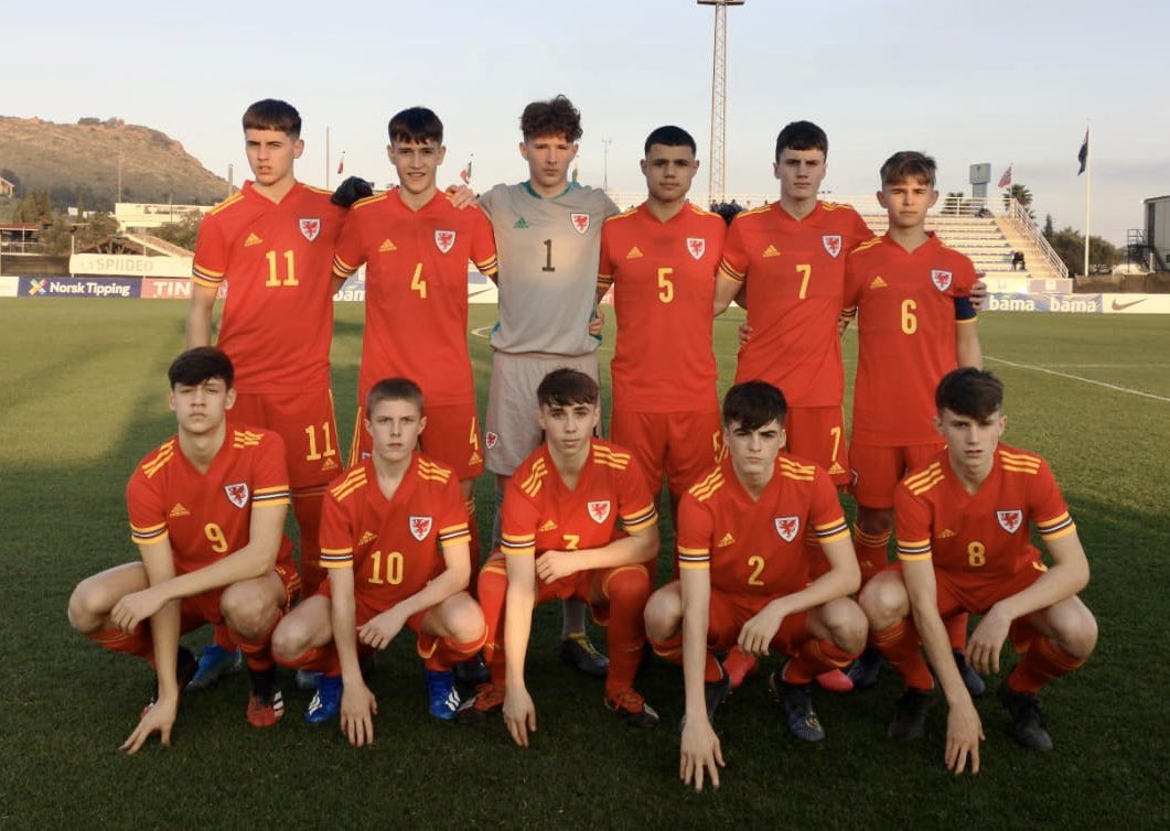 🇸🇰 0-2 🏴 UEFA U16 Development Tournament A second half brace from Joel Cotterill secures the win against Slovakia in the opening match. Dechreuad gwych i'r cystadleuaeth 🙌 #TogetherStronger