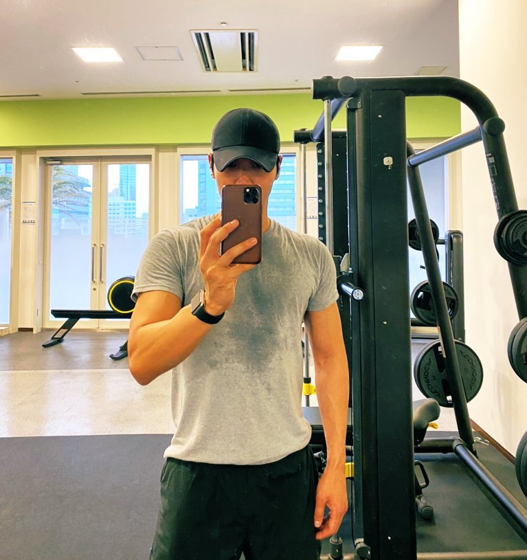 Finished work out. Get ready for today. 아자아자! 😎