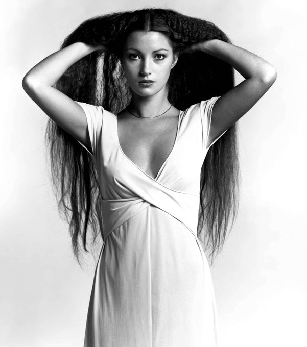 Happy birthday to British-American actress Jane Seymour, born February 15, 1951.