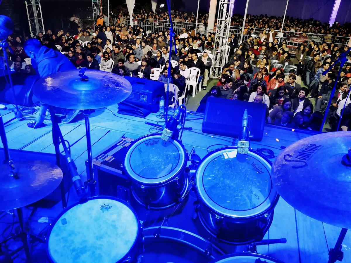 Último show de la gira... #GrupoProyección @soultonecymbals #soultonecymbalsartist #soultonecymbalsfamily #drum #drumming #drumset #percussion #drummer #drummerlife #drumsdrumsdrums #drumstagram #cymbals #percussionist #drummers #drummerlife @mundobateristico @saraidrumspic.twitter.com/QdCp6S9SGA