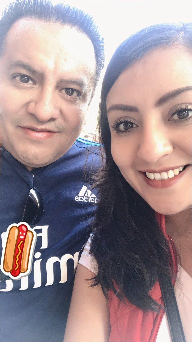 #FelizDíaDeLosEnamorados 😜 @agarrandoolas 💕 (@ El Moustrón in Mexico City) https://www.swarmapp.com/c/9TNsEGh394w