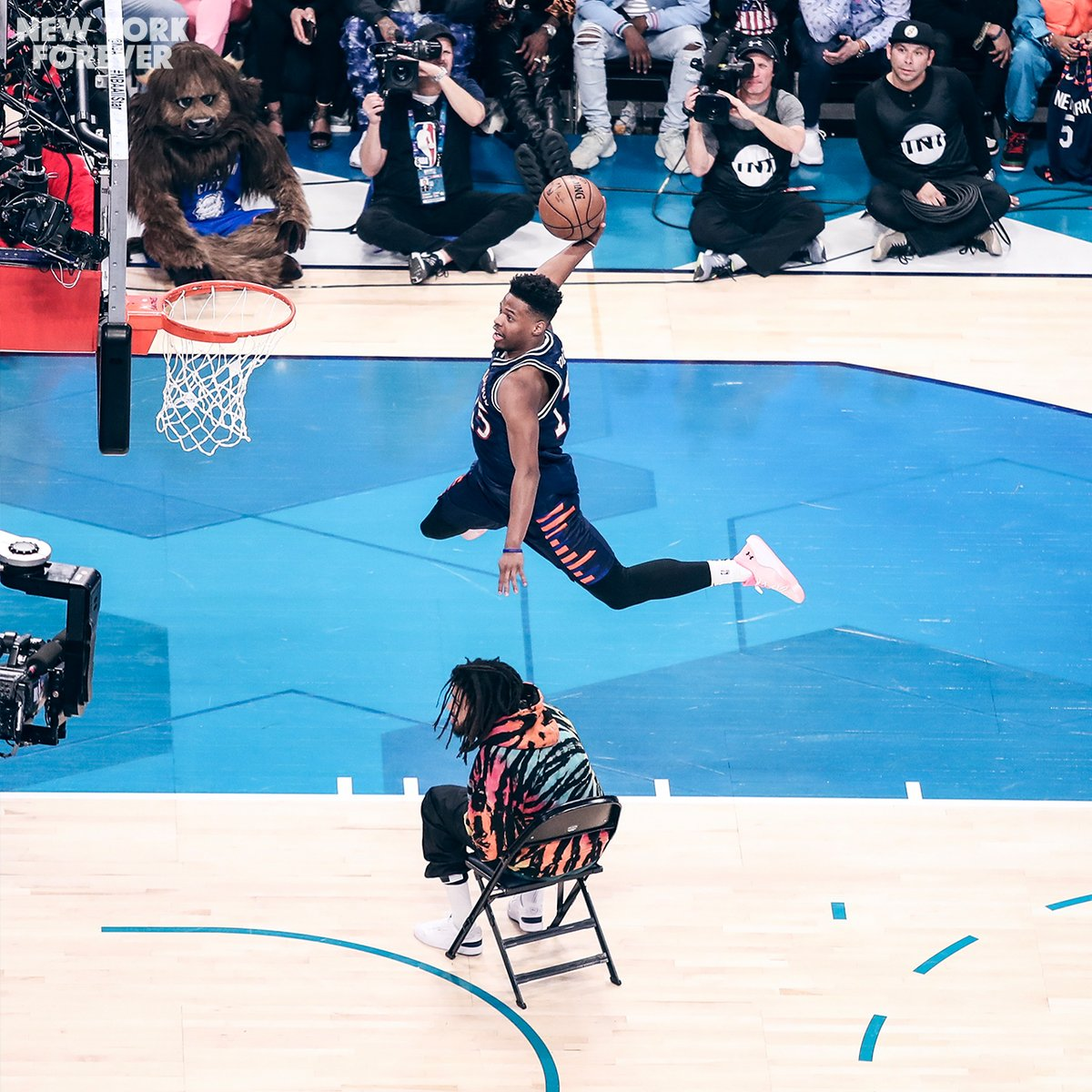 These shots from last year are still crazy ✈️   @Dennis1SmithJr | #NewYorkForever