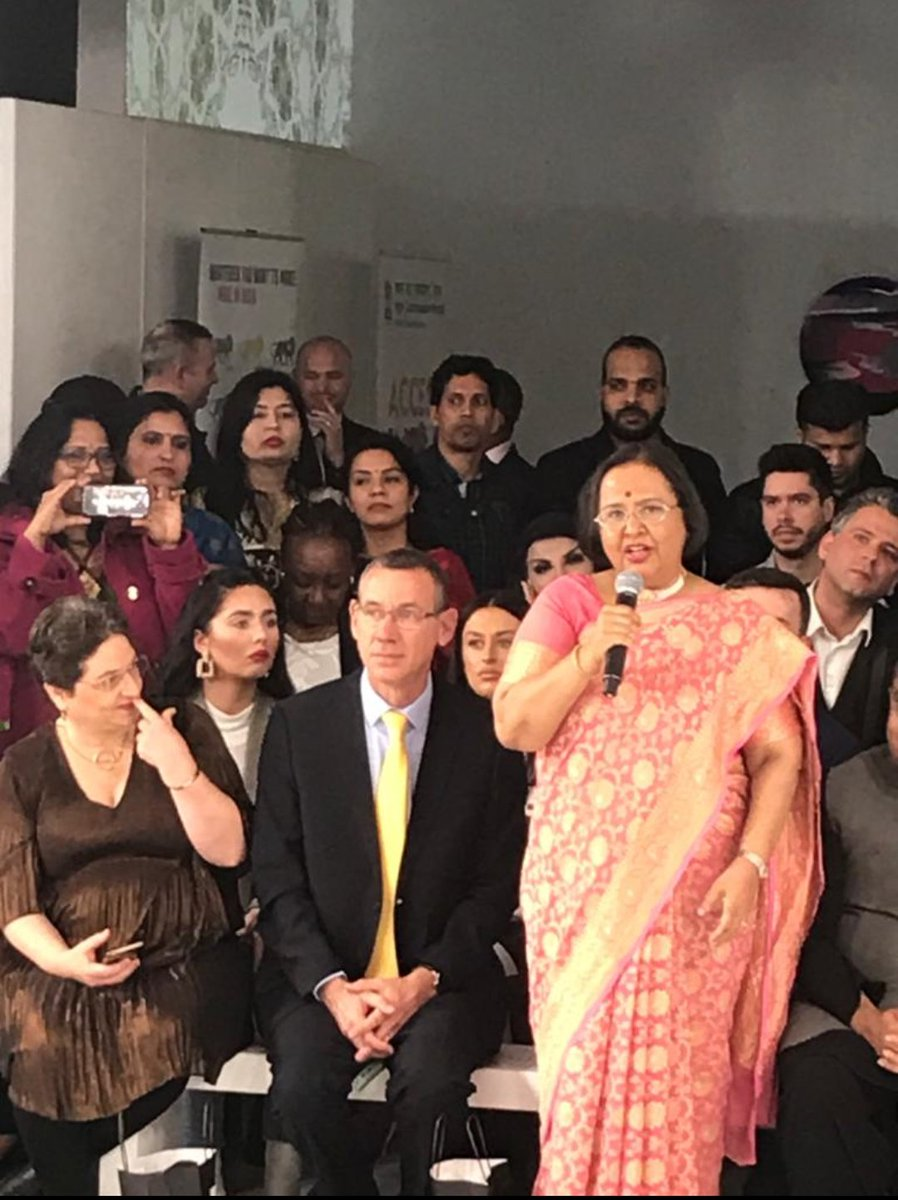 India In The Uk On Twitter A Fashion Show Of The Attires Designed By The Young Designers From India And A Show Of Indian Saree To Celebrate India Day Was Organised By