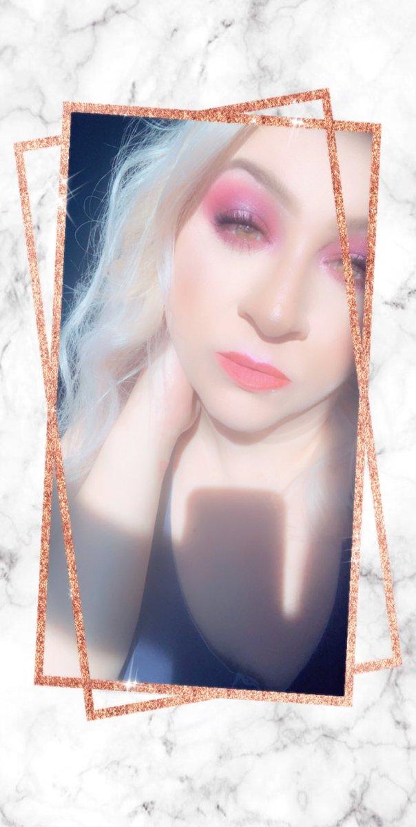 Really been going hard with the makeup lately. 💕😍💋💋🥰 #makeup #jeffreestar #jeffreestarcosmetics #morphe #morphebabe #morphebrushes #beautiful #browneyes #makeuplife